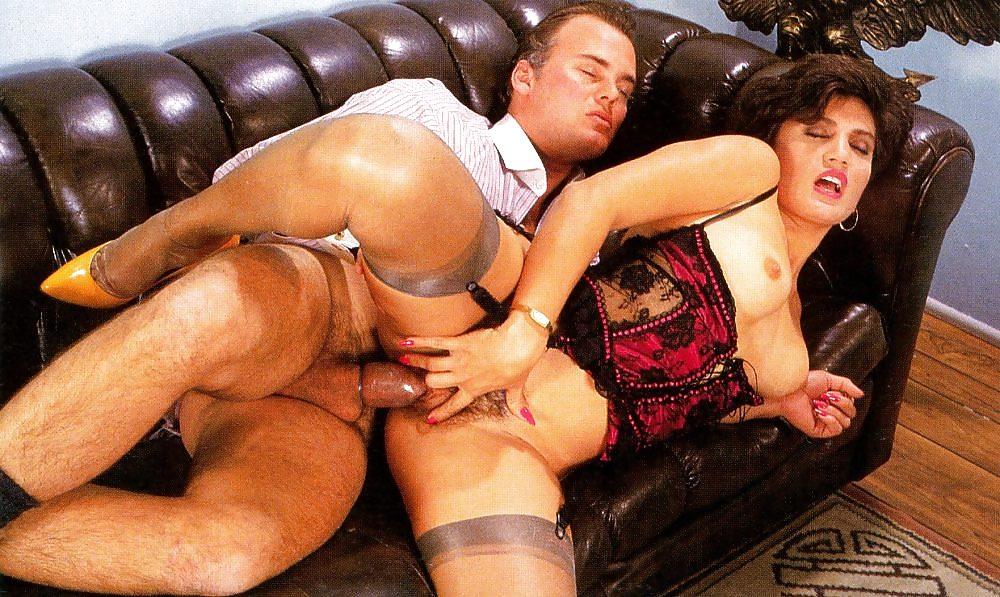 Stella Styles A Germán Pornós Lenge Fekete Ruhában - Online szex videók pornó film
