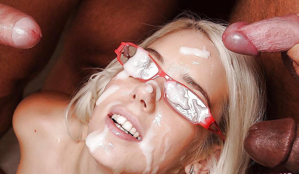 Порно Чулки Сперма На Лице