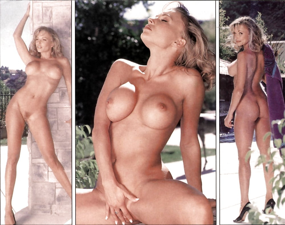 nackt Hall Deidre 41 Sexiest