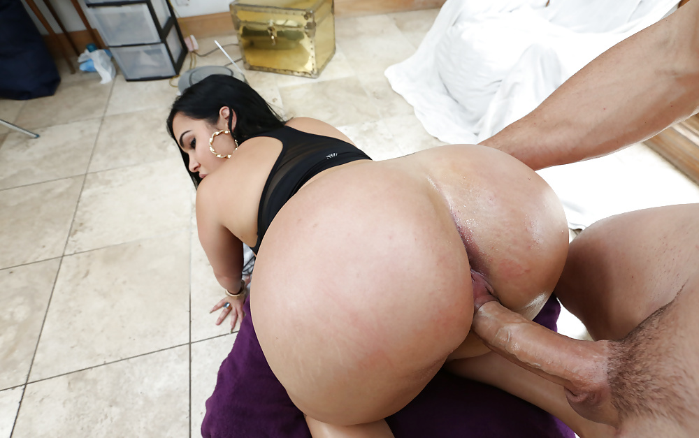 Ass Has Gotten She Became The Perfect Example Of A Latina 1