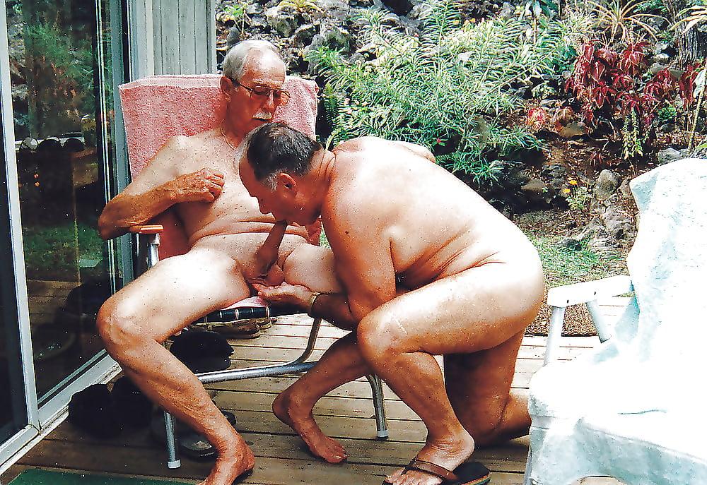 Порно Видео Геи Старые С Молодыми