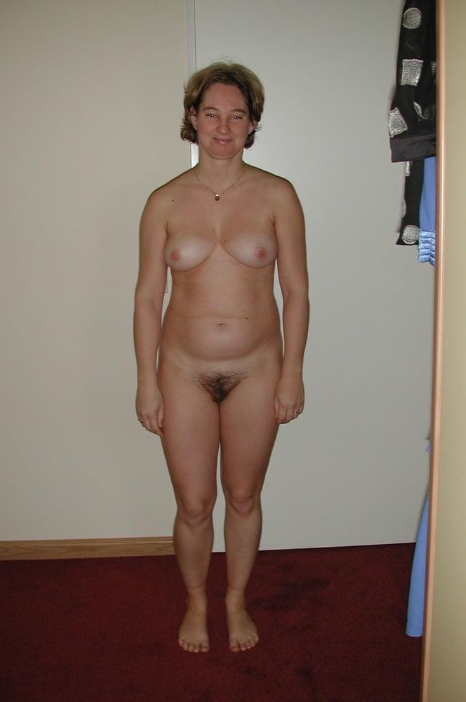 Full Frontal Women Pics