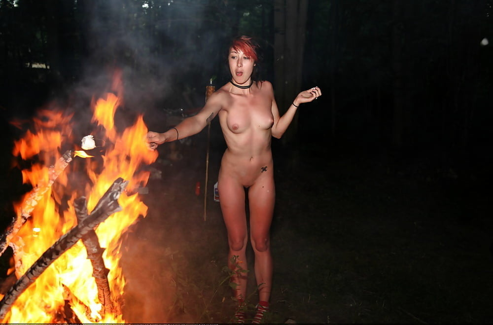 Naked fire dancers — pic 1