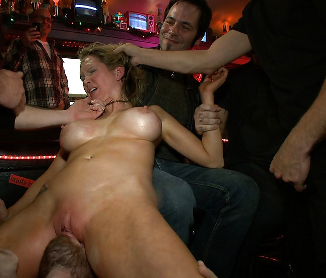 porno-razvratnoe-porno-na-publike
