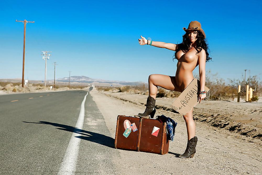 girls-naked-hitchhiking