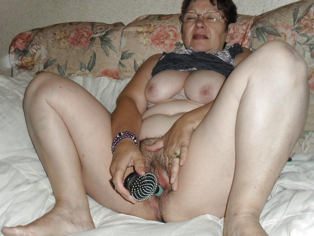 masturbatsiya-doma-zrelie