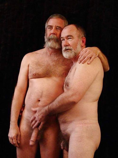 nude-dad-and-grandpa