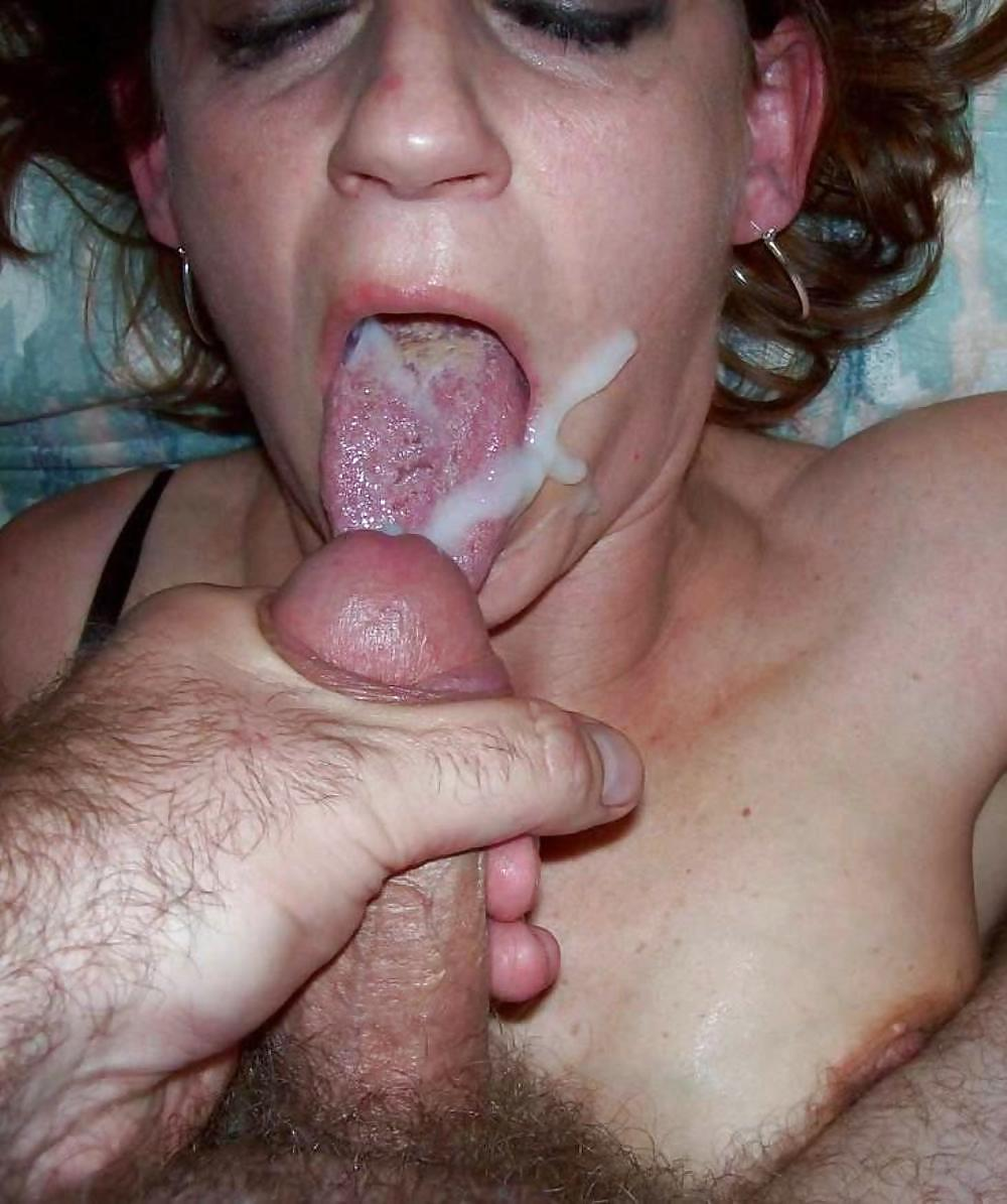 Порно жена глотает член мужа
