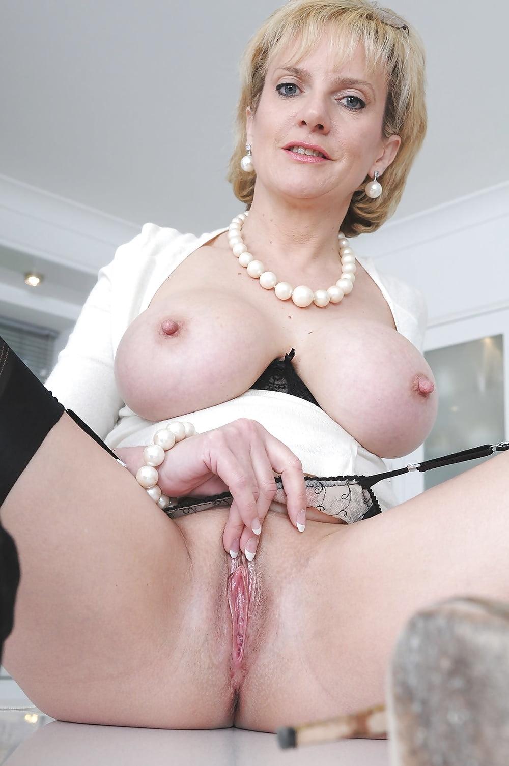 женщины леди соня английская порнозвезда там там свои