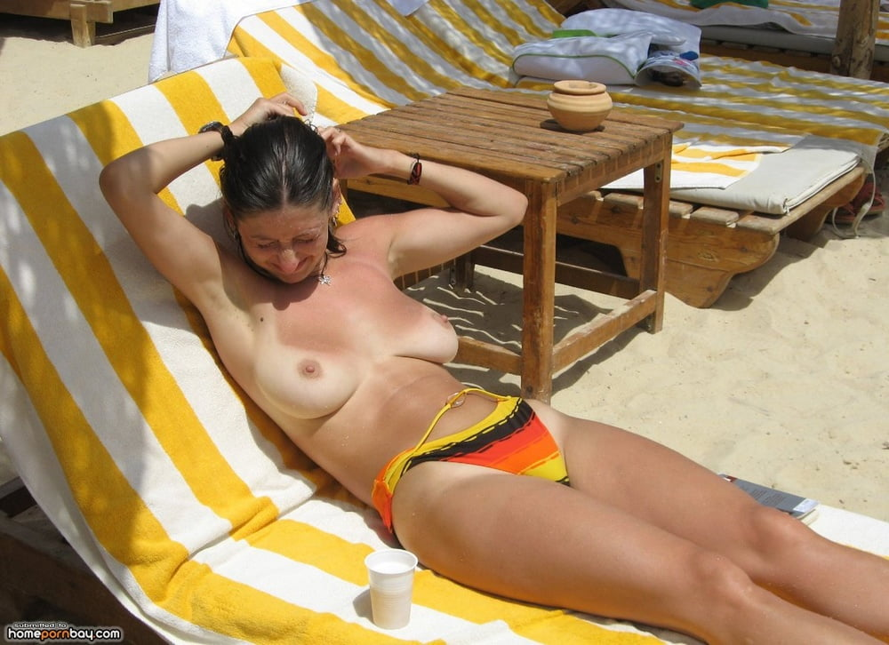 Wife Nude Vacation