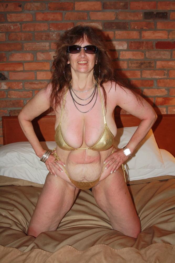 Mature women in skimpy bikinis-7404