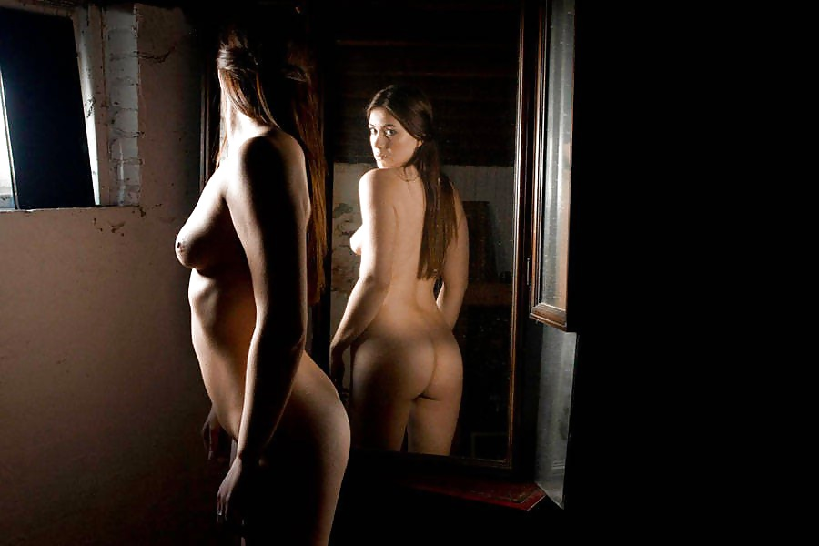 Pictures young naked girls taking pictures in the mirror photos naked women