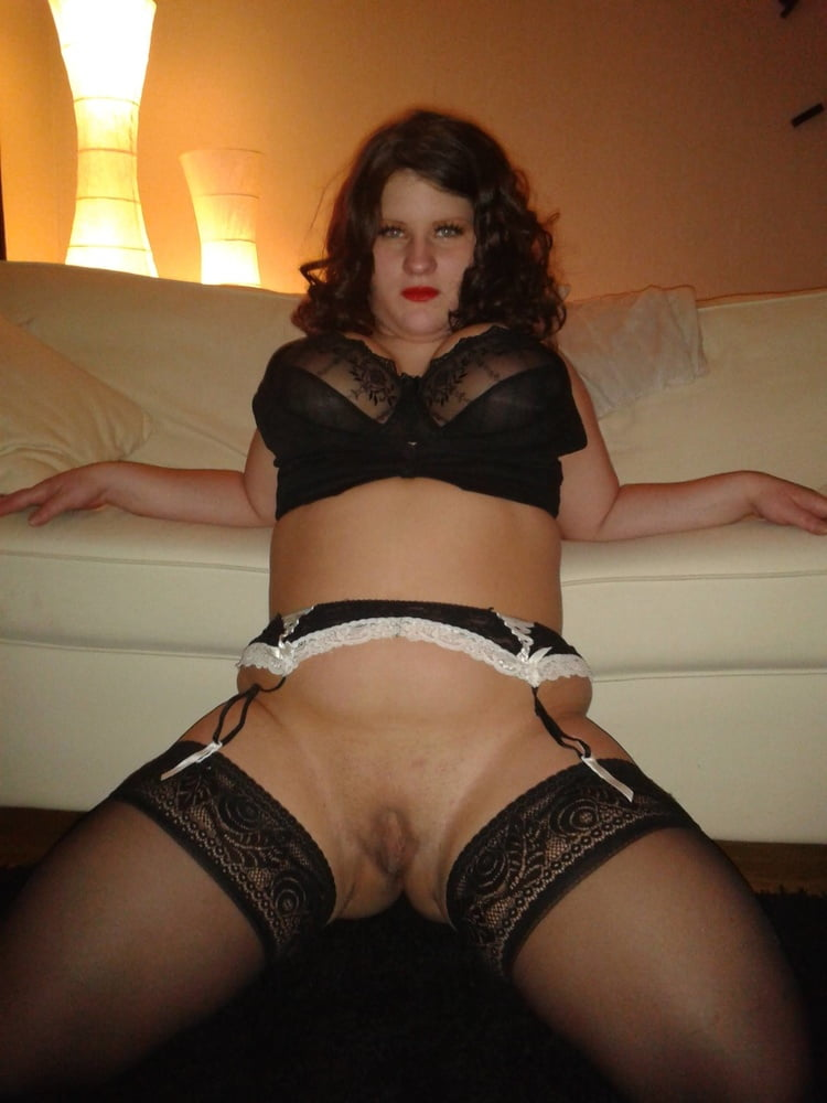 Curly chubby chick feeling horny during-9510