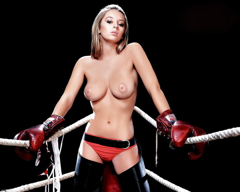 Mma ring girls pussy — pic 3