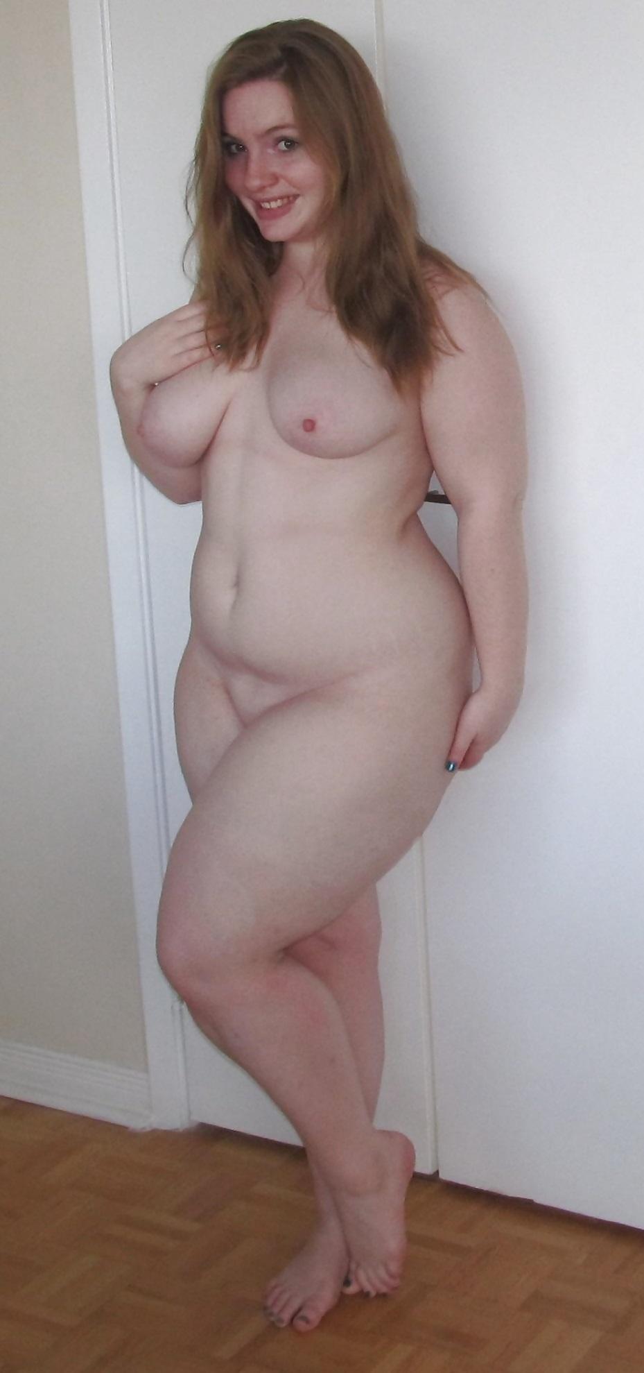 naked large big hips