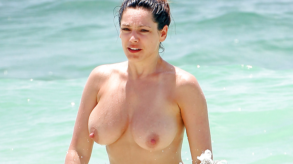 kelly-brook-nude-video-nude-photos-of-couples