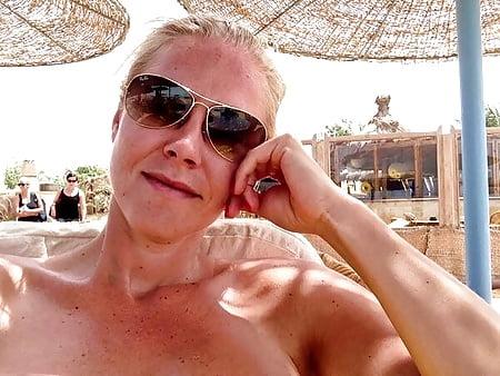 Nina Heinemann  nackt
