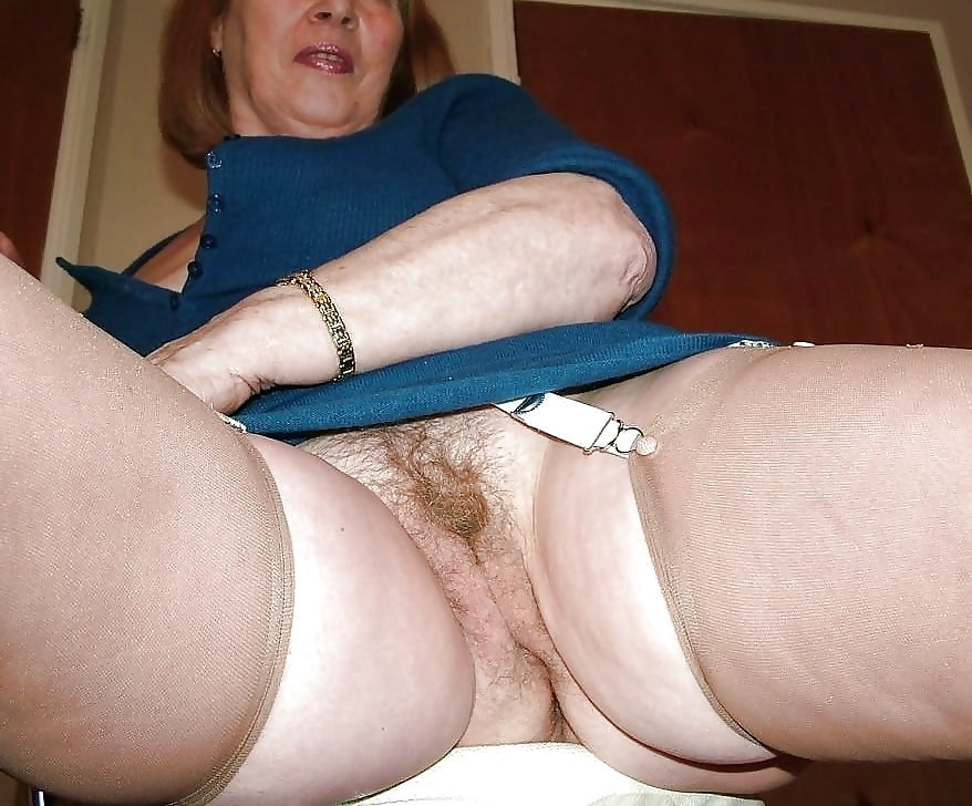 Granny panties and pussy