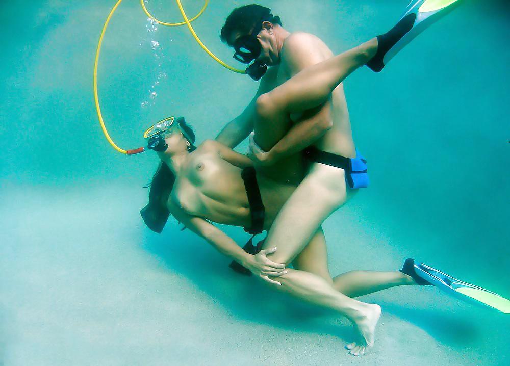 извращение под водой - 12