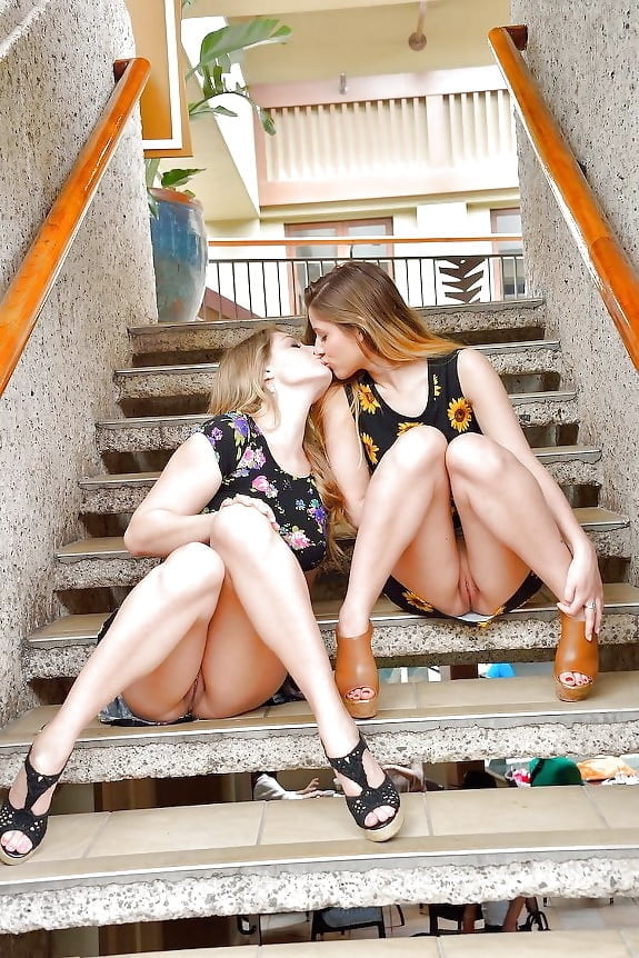 Sexy sister teen girls legs picture gallery, amature young teen