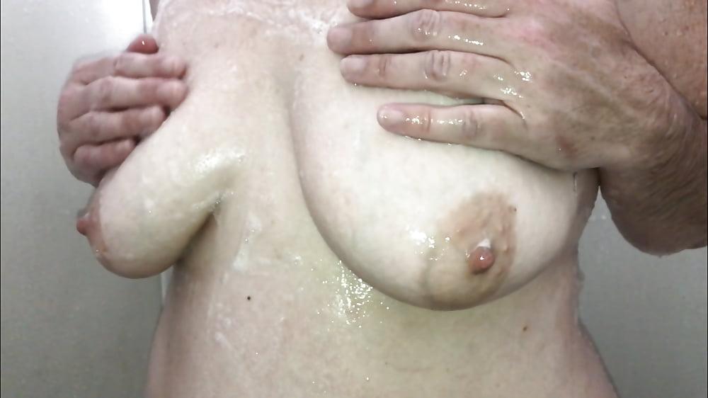 Mia khalifa soaping up her big tits