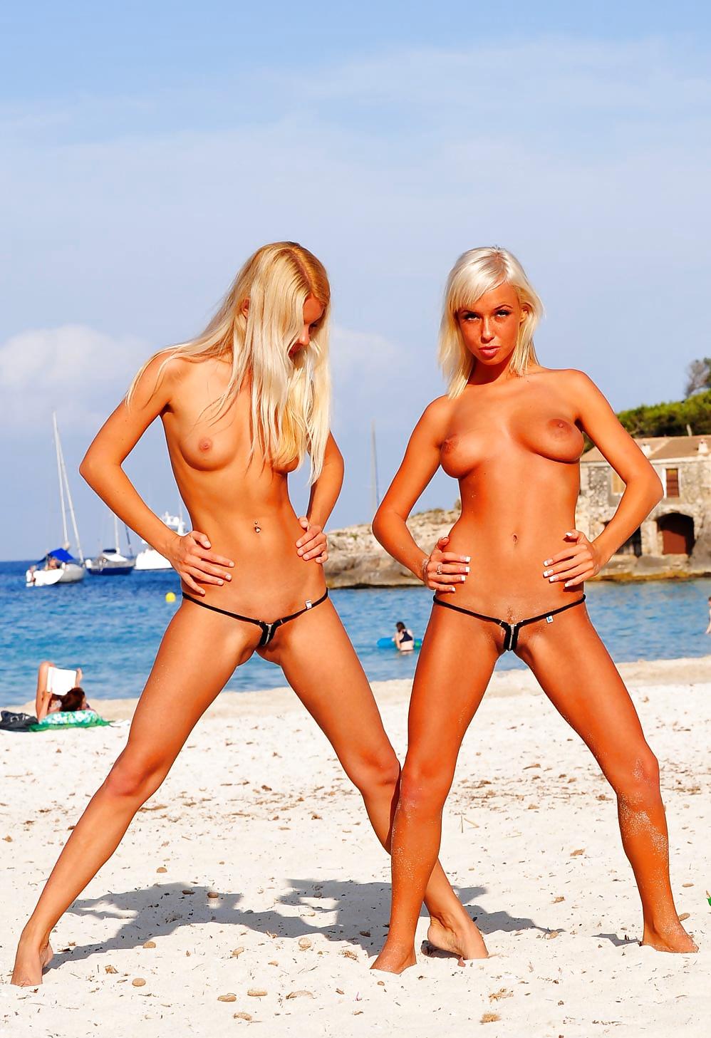Сексуальные цыпочки обнаженные на пляжах, жена сказала лизать у себя и подруги онлайн порно