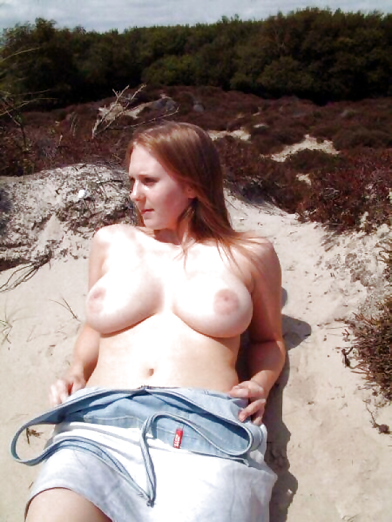 Amateur naturally busty girl