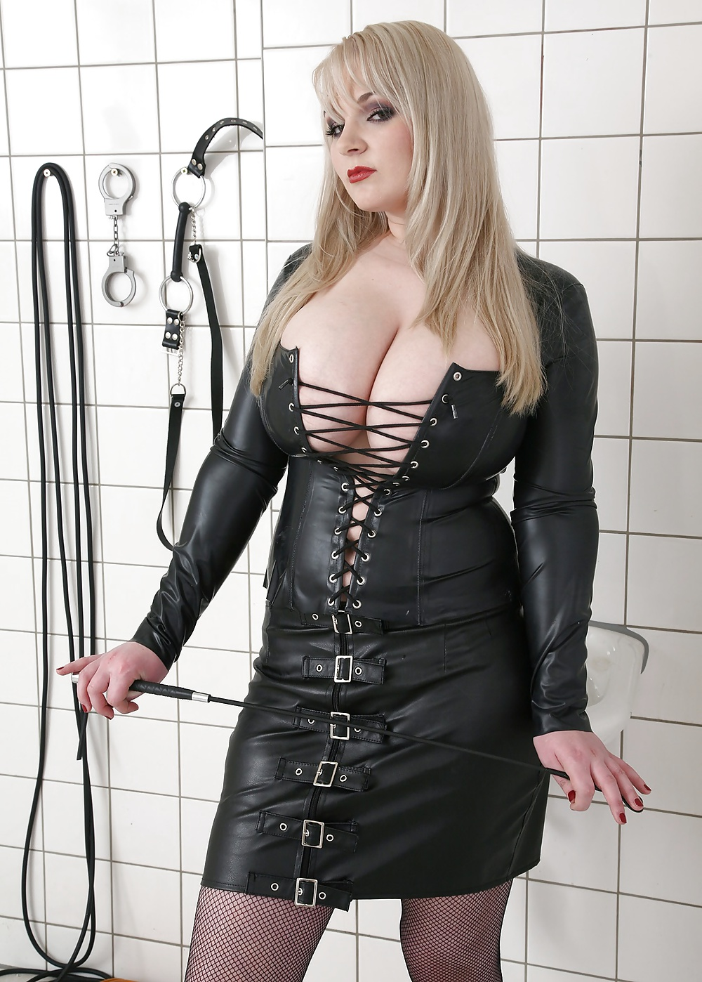 Big busty mistress pictures in free galleries