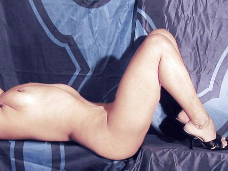 mature legs &pumped flaps please comment