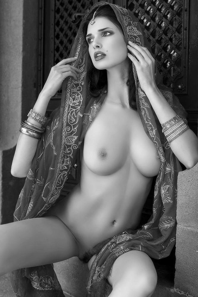 Вагины видео индия красивая эротика