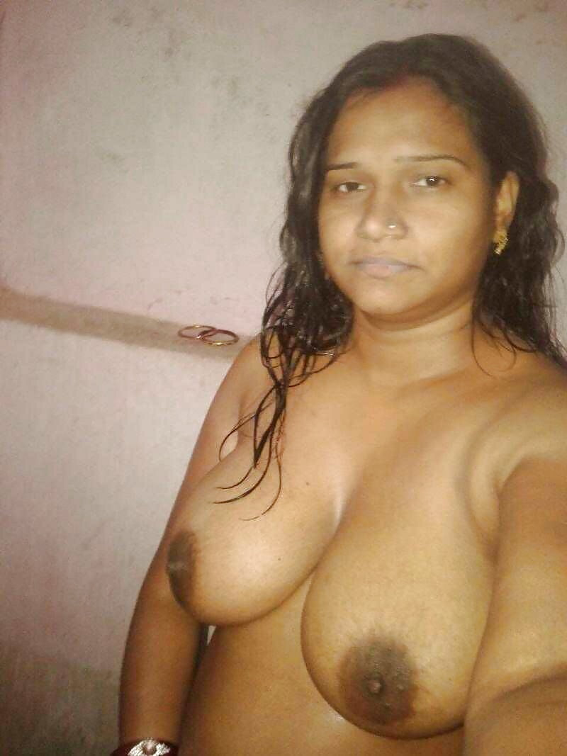 Village Bhabi - Indian Desi Porn Set 188 - 36 Pics -1741