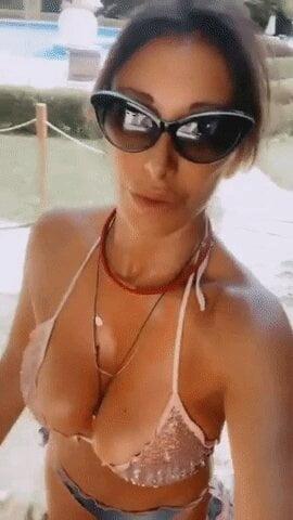 Nuda sabrina salerno Sabrina Salerno