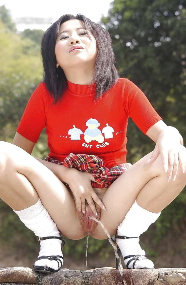 Asian Teens Pee In Public Drtuber Passion Hd 1