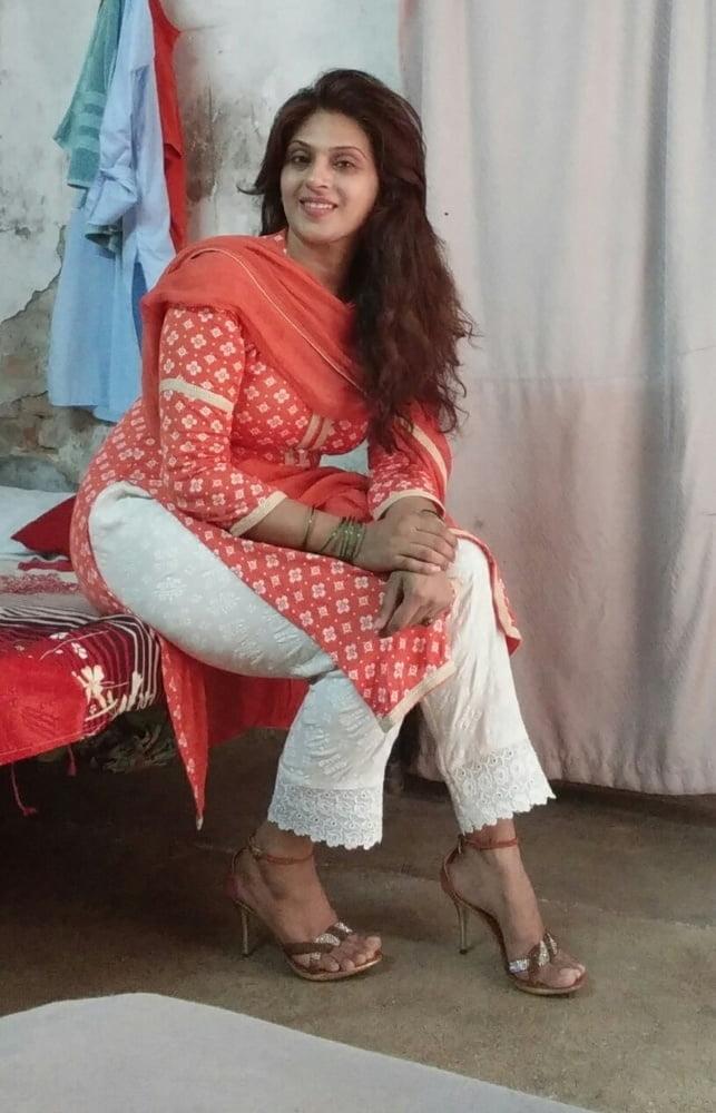 Desi punjabi sexy girl-8092