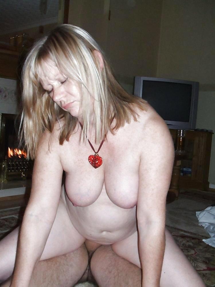 Hübsche blonde frauen
