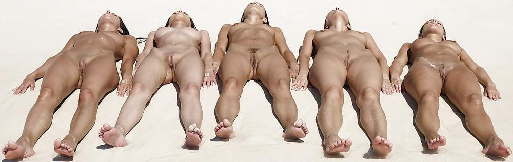 Genital nude girls pics