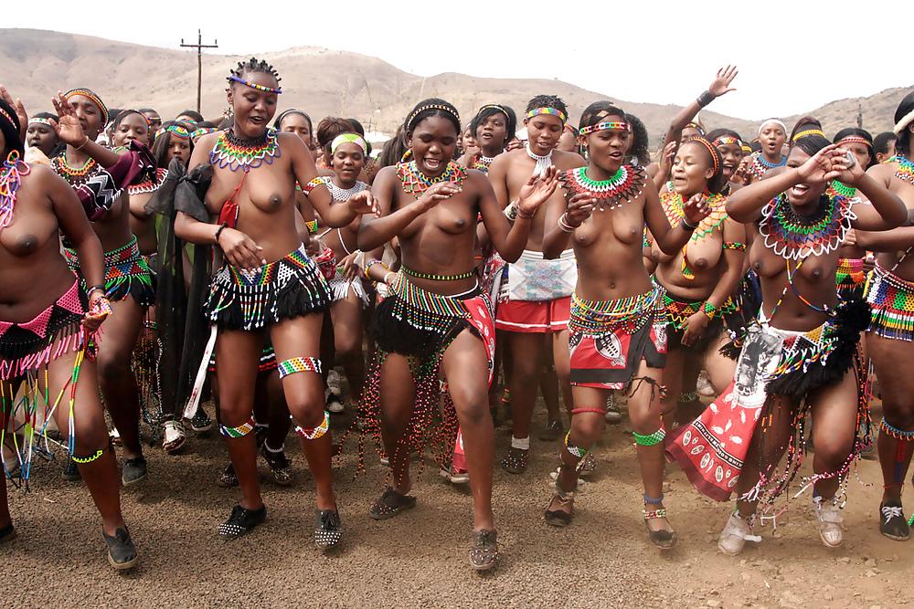 Sexy zulu chicks