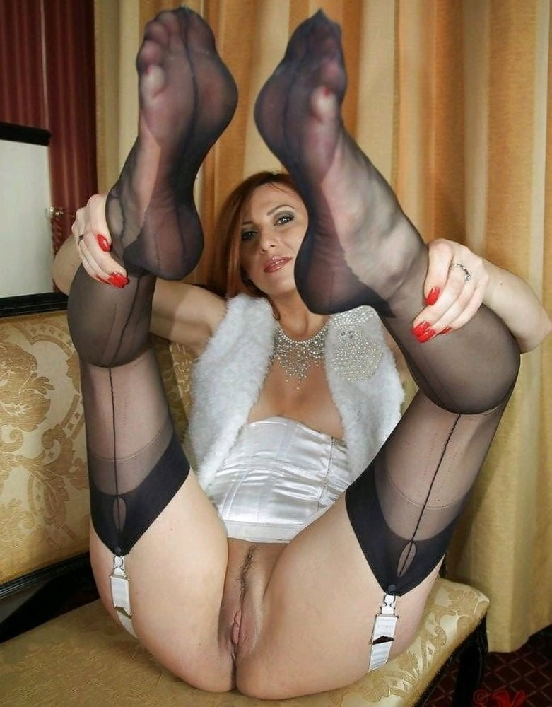 See and save as candid milf pantyhose feet in shoe store porn pict