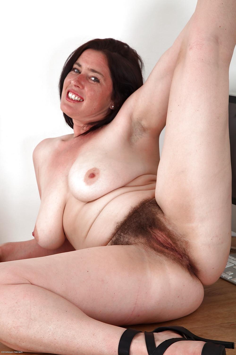 Голые волосатые мамки видео hd, смотреть голый женский сексуальный реслинг