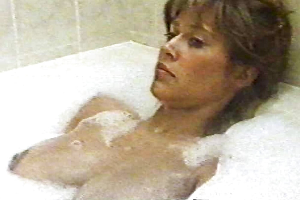 Free Preview Of Maggie O'neill Naked In Under Suspicion