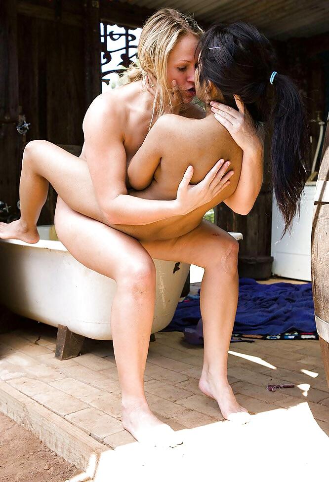 Huge tits lesbian pics-5189