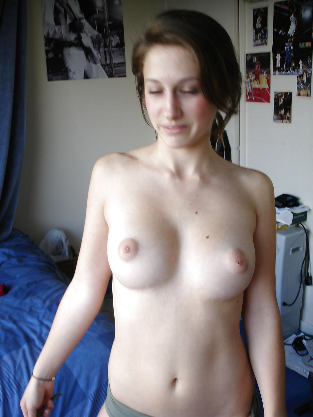 Amatuer young tits nude