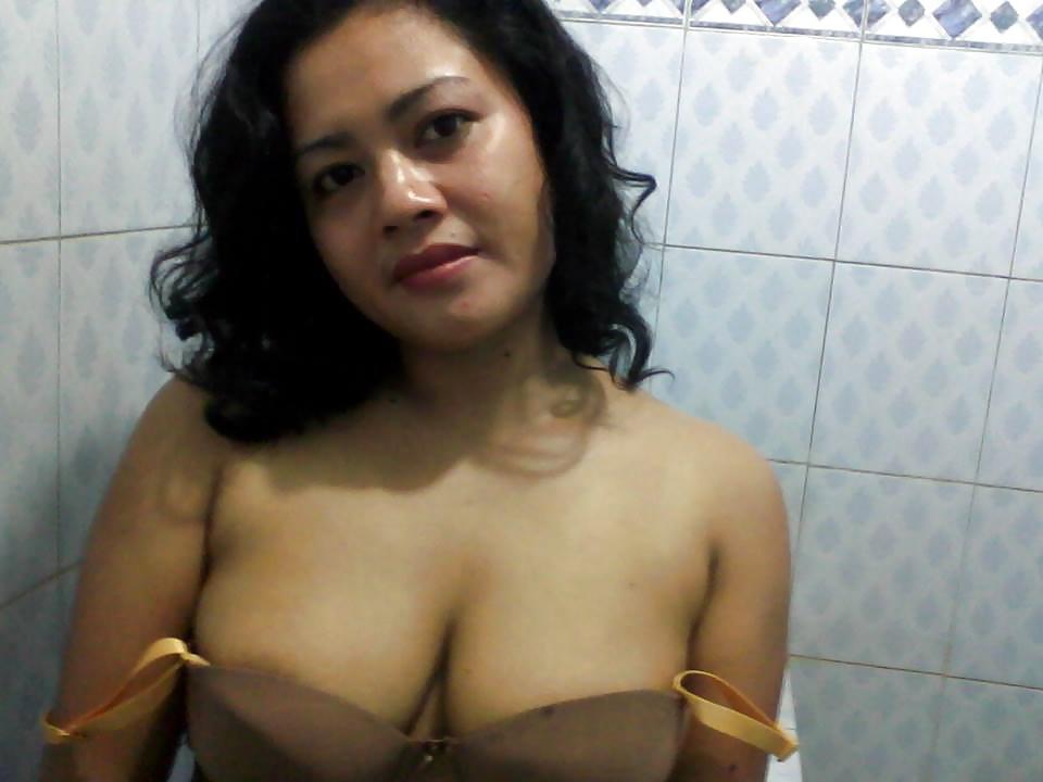 Indonesia milf