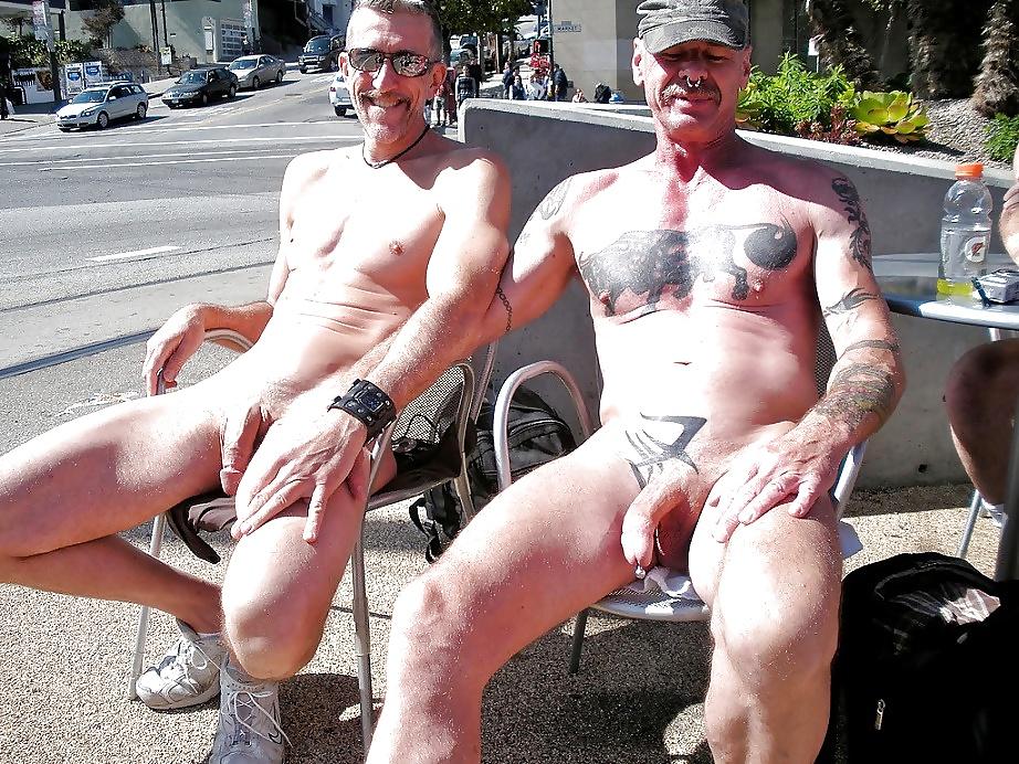 pussy-legs-naked-men-having-sex-in-public-ebony