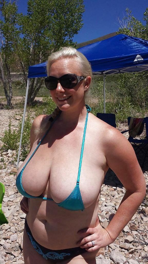 Russian blonde big tit milf in suspenders