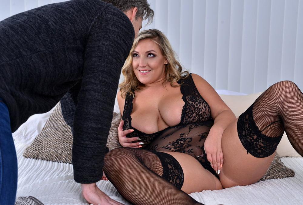 Super Sexy Milf Fuker Free Porn Images