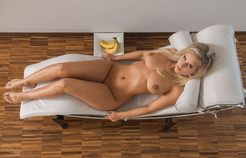 homecoming-queen-nude-hairy-chubby-bear-uncut