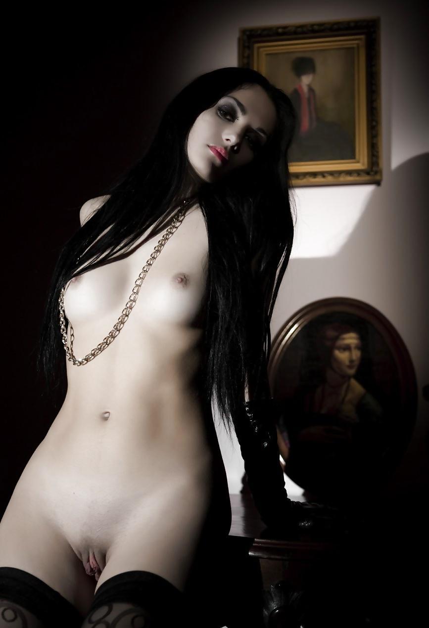 лишь фото голых девчонки готов увидел, что сестра