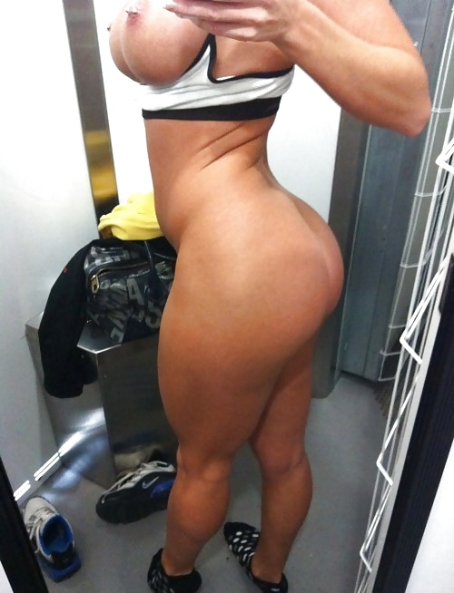 Fit girls big butt nude — photo 5