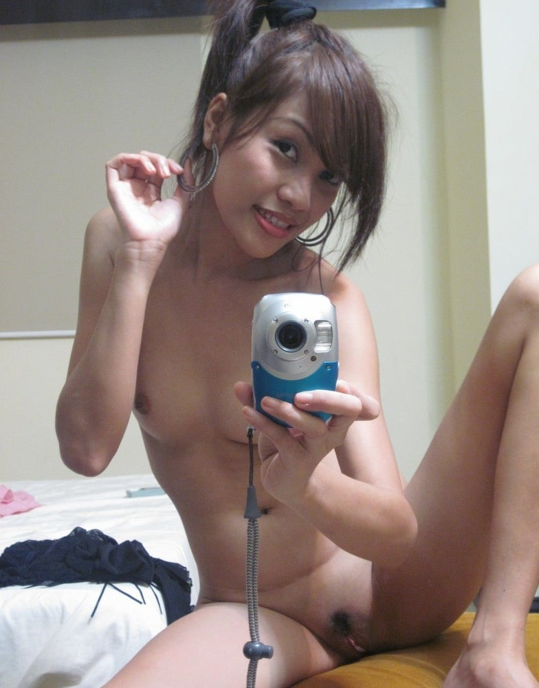 tiny-selfie-xxx-free-pussy-spreading-mature-galleries